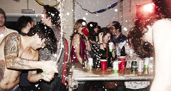 How to get invited college parties